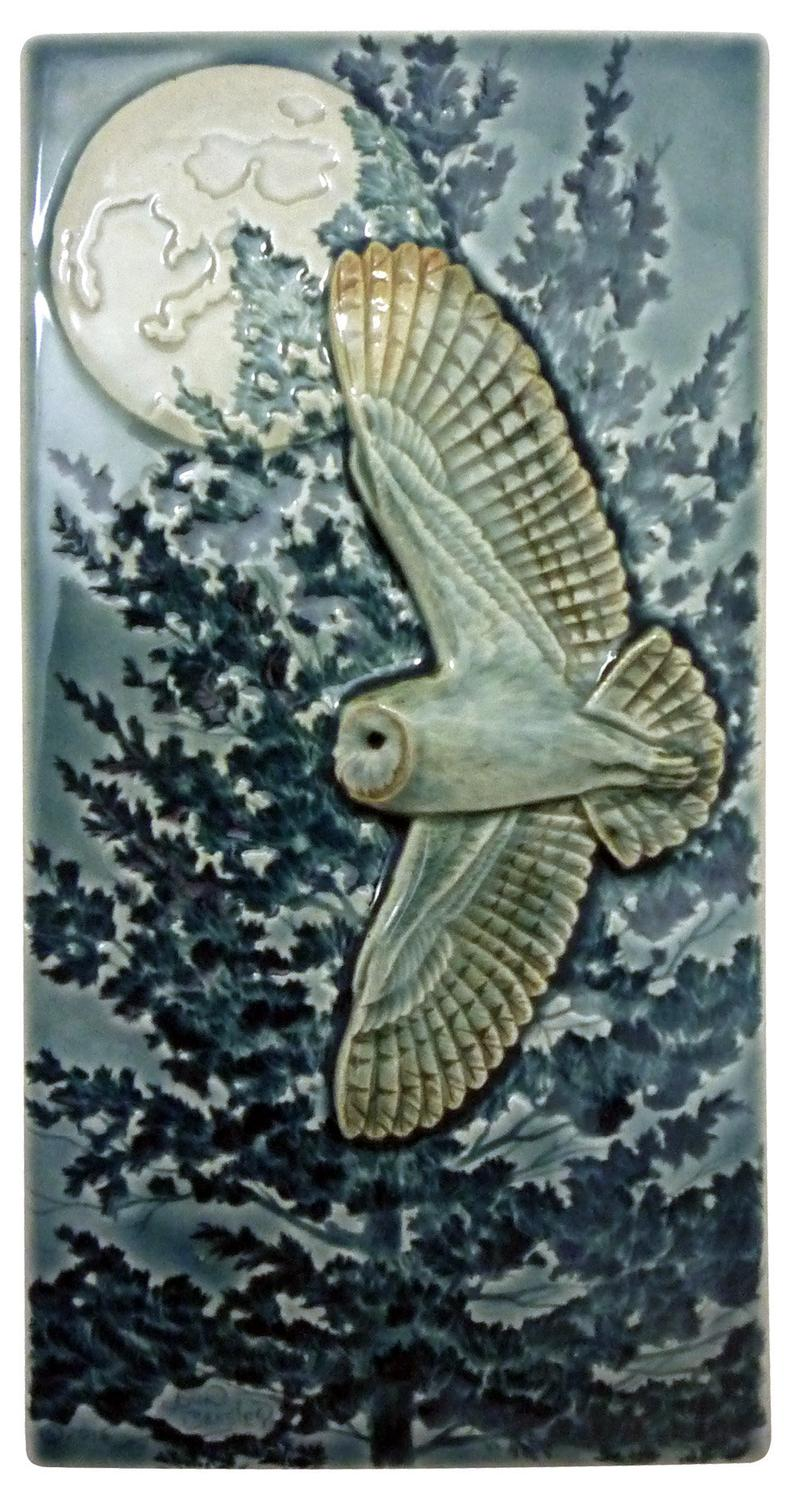 Flying Barn Owl tile