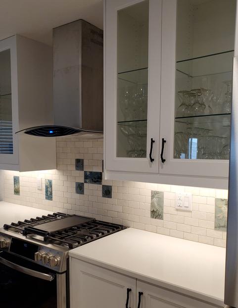 full kitchen counter tile display